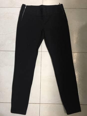 Pantalon Negro Con Cremalleras NUEVO