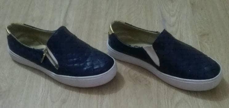 Hermosos zapatos azules No. 34