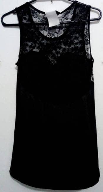 Vestido negro corto encaje